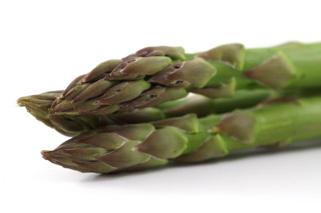 alimentos-que-previnem-o-cancer-em-caes-aspargos